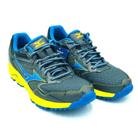 big sale ddd0a 867dd Mizuno Wave Daichi 2 Trail Running Blue Mens Shoes NWT